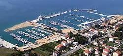 Die Marina KASTELA in der Bucht der 7 Schlösser !
