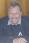 Der oftmalige Cup-Organisator Gerhard lächelt erleichtert !