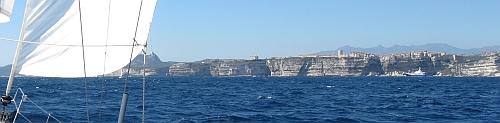 Zwischen Sardinien und Korsika - Bonifacio liegt an !