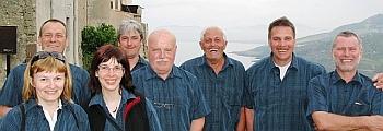 Fesch - Andy's Hemd- und Blusen-Crew !
