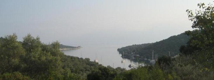 ody11-t4b4-01-port-atheni