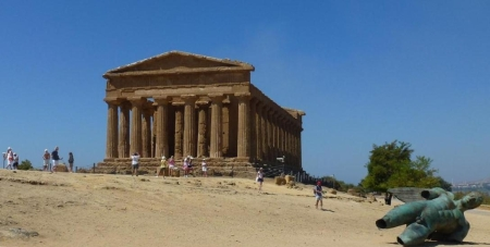ody12-06403-concordia-tempel