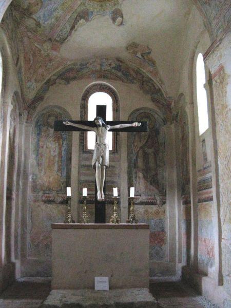 hfa15-096-puergg-altar
