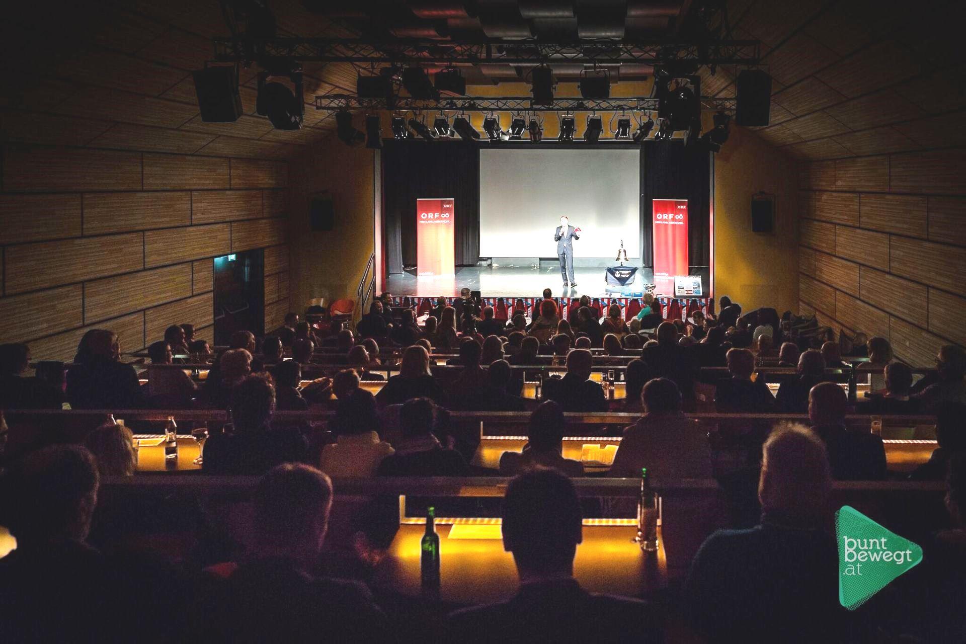 mar17-g12-bb-publikum