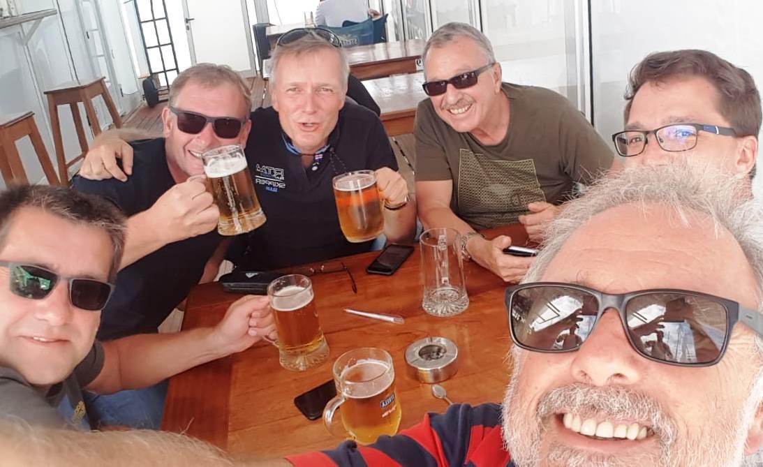 ueb18 a20 bier crew